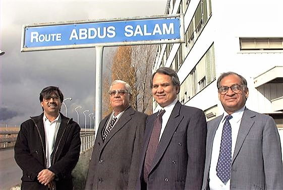 Visit of Dr. Ishfaq Ahmad, Chairman of the Pakistan Atomic Energy Commission, and Mr Muhammad Afzal, Minister (Technical Affairs), Pakistan Mission