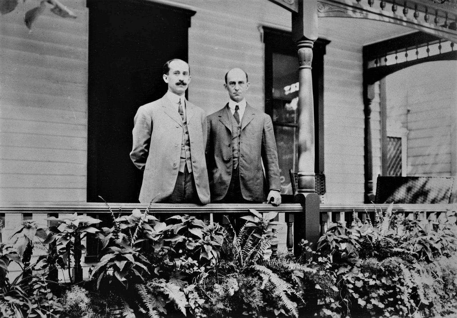 Orville and Wilbur porch Dayton Ohio 1909