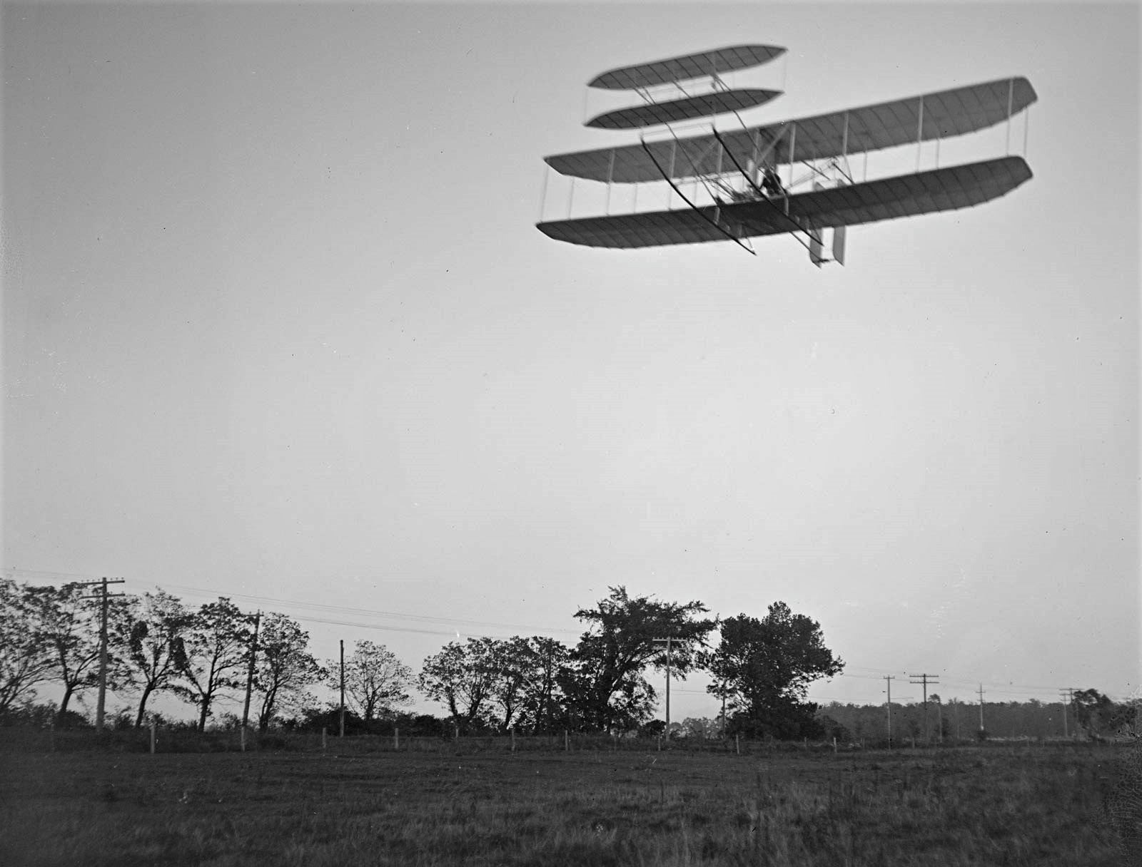 Wright-brother flying machine controls Huffman Prairie October-4 1905