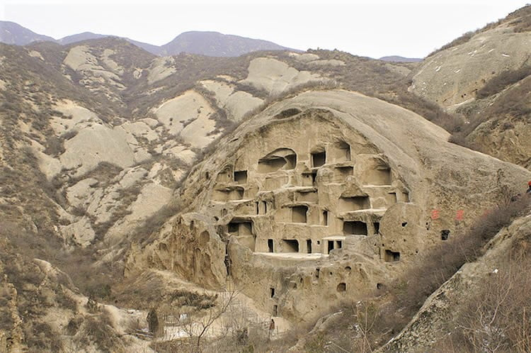 30 Million Live In Caves In China