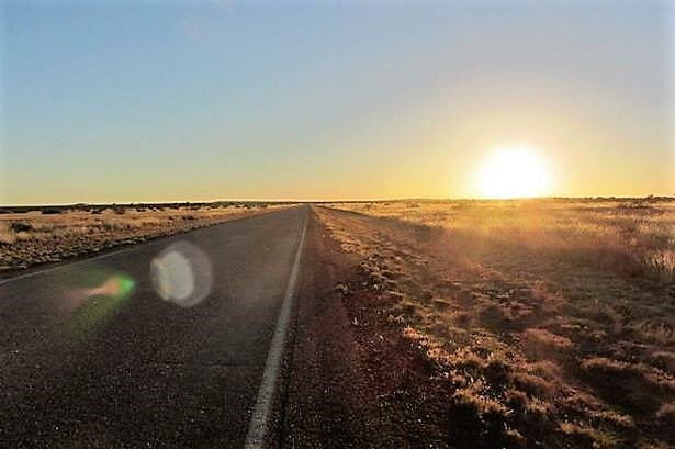 World's Largest Highway located in Australia more than 9000 Miles